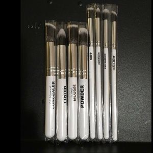 Zz Mineral Makeup Brushes New